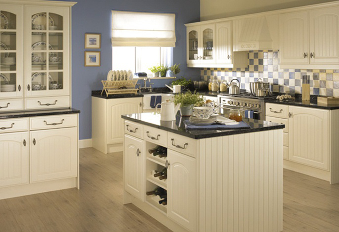 sherwood-pale-cream-kitchen-1